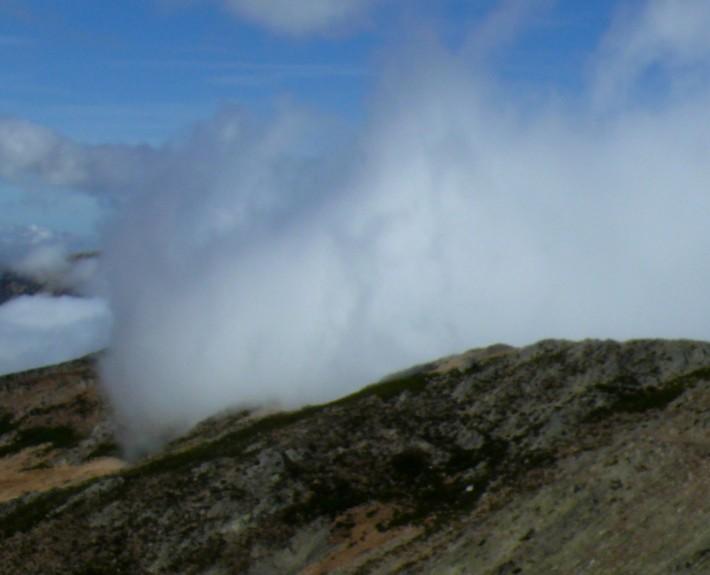 Nubes en el macizo del Lobo